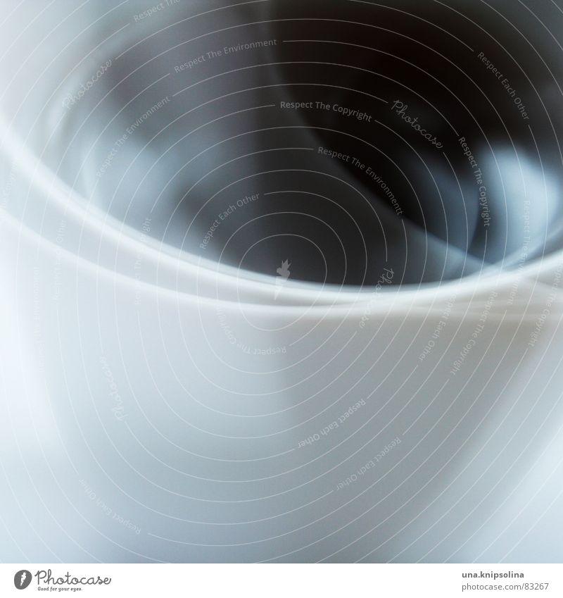 tea-time Kaffee Tee Tasse Lampe Gastronomie glänzend schimmern unklar Teedose blitzen schemenhaft Koffein pfefferminz dreifach reflektion teebüchse trinkschale