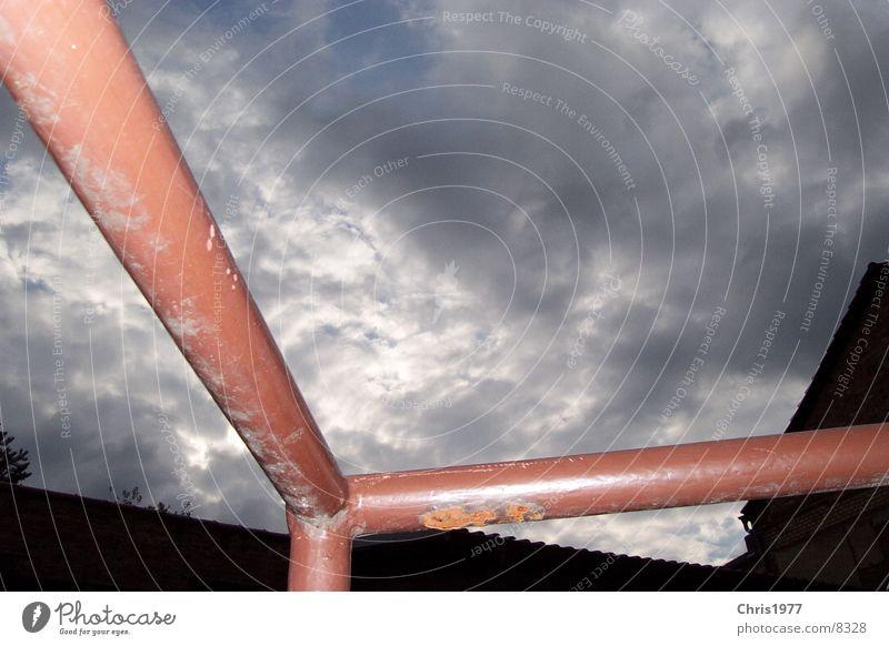 geländer Industrie Geländer mit Perspektive und Coolness Himmel