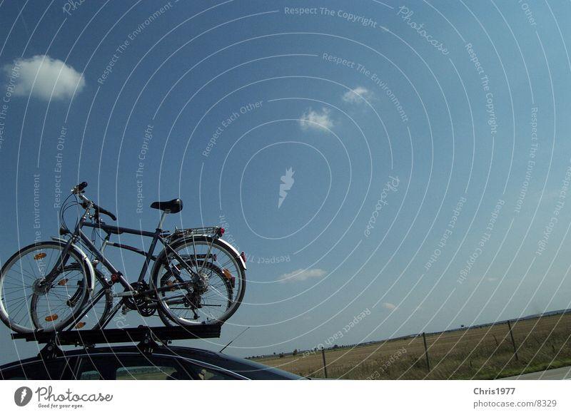 fahrrad Fahrrad unterwegs Autobahn