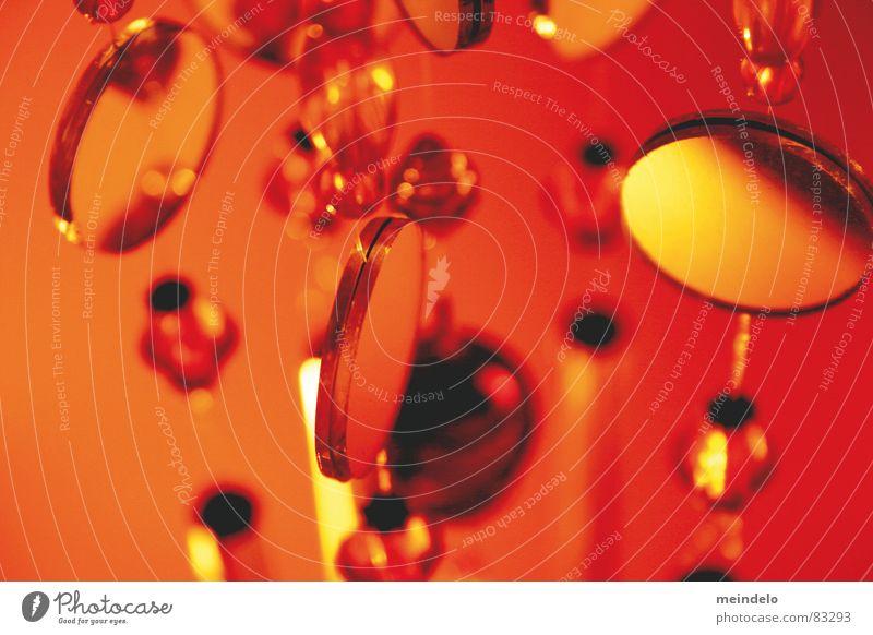 schickat Oregano Spielen Spiegel rot abstrakt rund Makroaufnahme Nahaufnahme oragne Pendel Glas Kugel Gemüse abwandlung