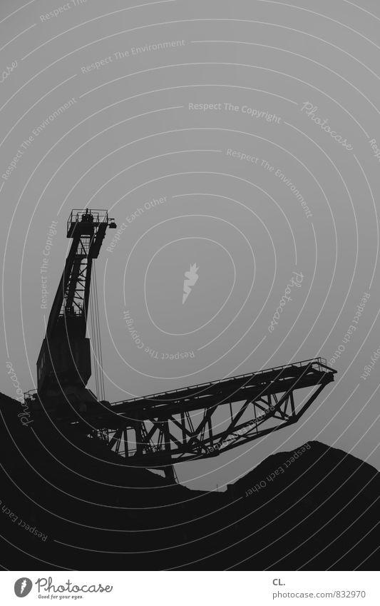 ruhetag Baustelle Industrie Himmel Arbeit & Erwerbstätigkeit dunkel trist Industriefotografie industriell Industrieanlage Industrielandschaft Industriebau