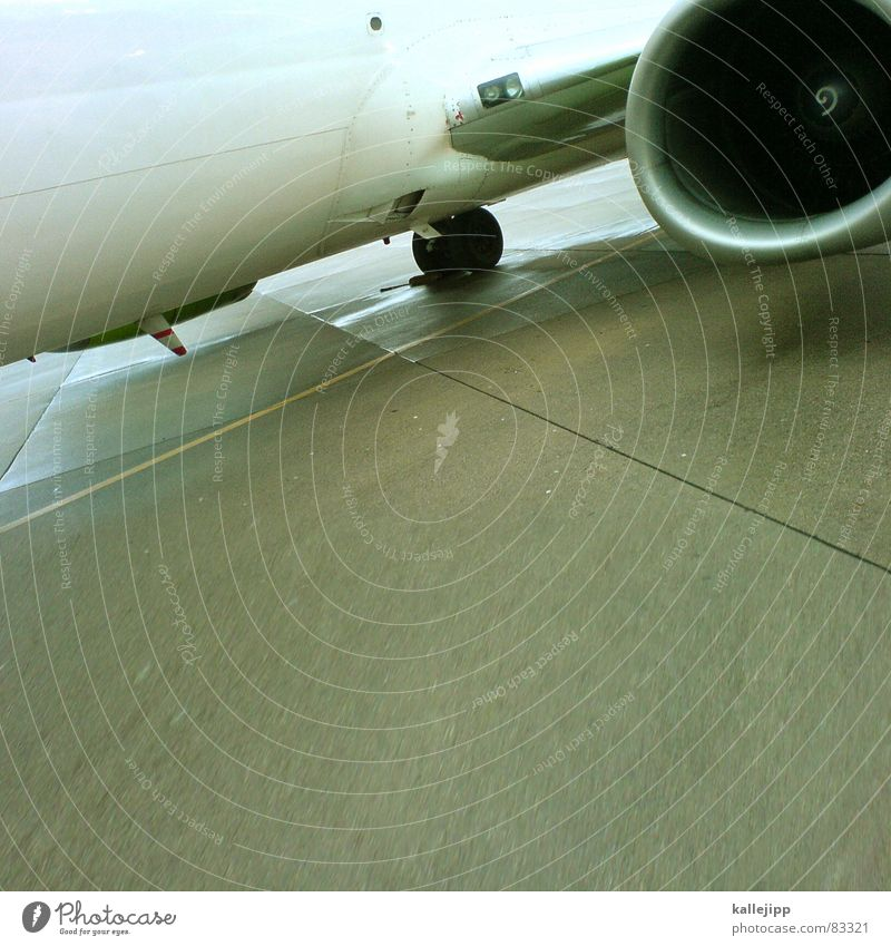 boing Flugzeug fliegen Beton Luftverkehr Flughafen Passagier Düsenflugzeug Flugplatz Rollfeld Handy-Kamera