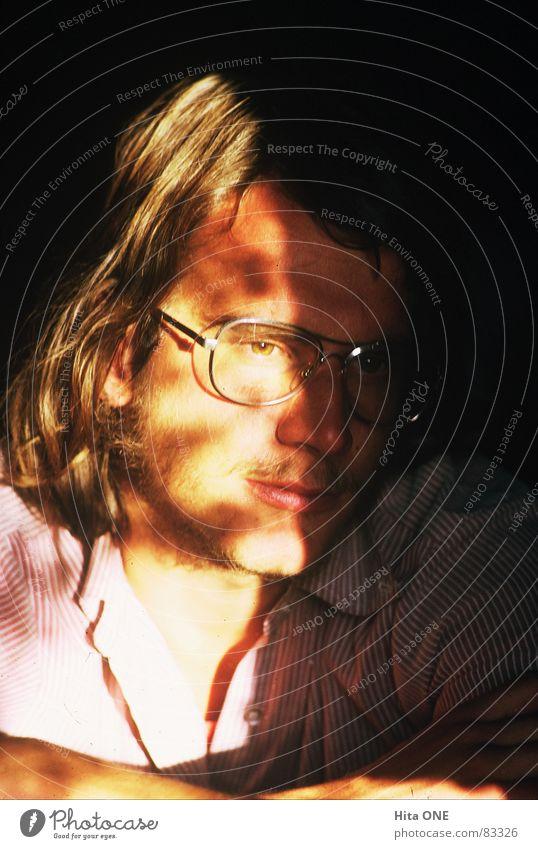 morgasunna blenden Brille old-school Nostalgie Siebziger Jahre Hemd Kragen Licht stark schön Porträt Lippen ruhig Ausdauer Gesichtsfarbe bewachen Dia tief