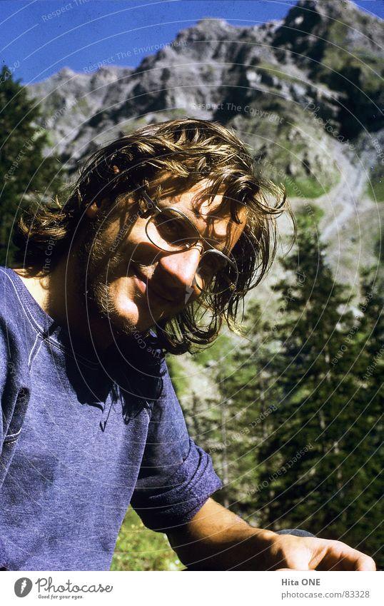 Sommeryeti schön Ferien & Urlaub & Reisen Sonne ruhig Gesicht Auge Berge u. Gebirge Freiheit Glas Felsen Freizeit & Hobby Mund wandern Nase Perspektive Brille