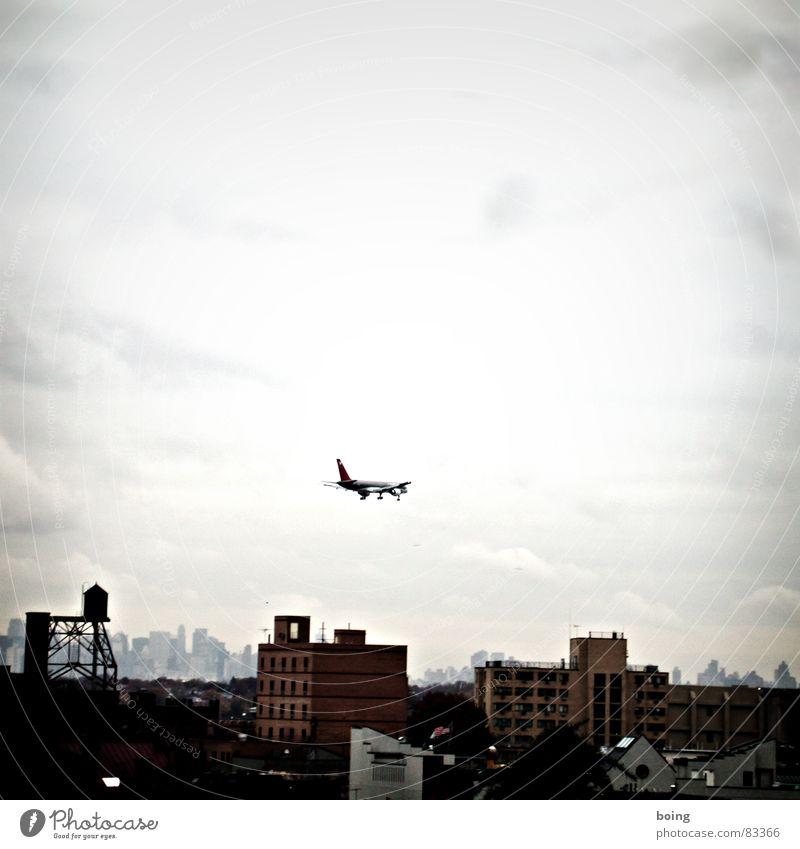 select speed & click start Stadt Ferien & Urlaub & Reisen Flugzeug Luftverkehr USA Dorf Flughafen Dienstleistungsgewerbe Skyline Flugzeuglandung New York City Hauptstadt Düsenflugzeug Landebahn Flugplatz Passagierflugzeug