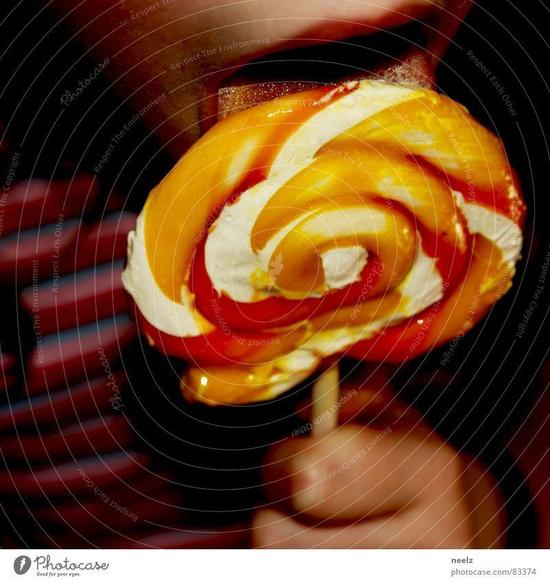 lilis lolli Kind Freude Mund Lippen lecker Süßwaren Zunge lutschen Lollipop