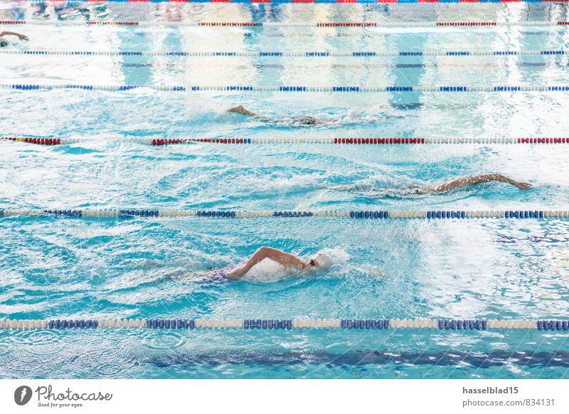 deep blue Mensch Jugendliche Wasser Sommer Freude Erwachsene Schwimmen & Baden Gesundheit Menschengruppe Gesundheitswesen Lifestyle Zufriedenheit nass Fitness Schwimmbad sportlich