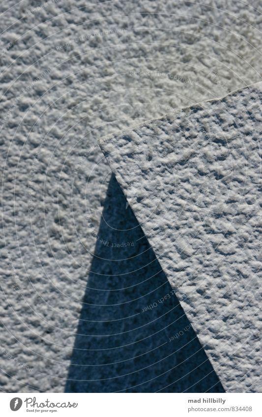 Dreieck Stadt weiß Sommer schwarz dunkel Wand Wege & Pfade Architektur Mauer grau Stein Garten hell Park Fassade dreckig