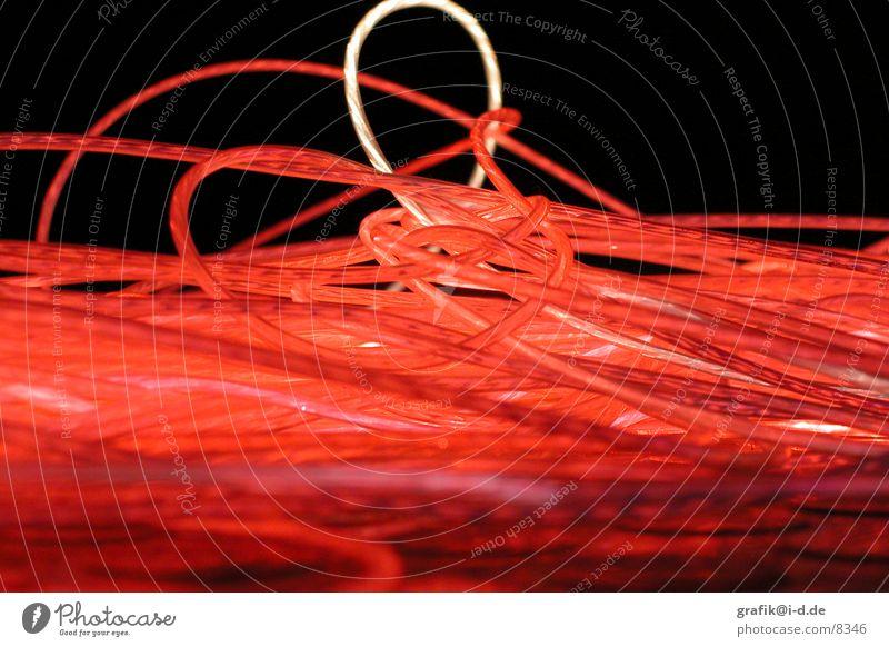 wattens 03 rot dunkel Bewegung Kreis rund Messe Neonlicht Ausstellung Faser Verwirbelung