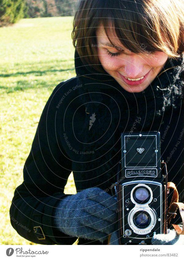 nora und die rollei Freude lachen Fotografie Fotokamera Fotografieren