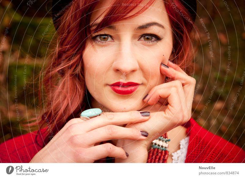 I'm living a Life of Dreams. Mensch Junge Frau Jugendliche Leben 1 18-30 Jahre Erwachsene Mode Accessoire Schmuck Ring Hut Haare & Frisuren rothaarig langhaarig