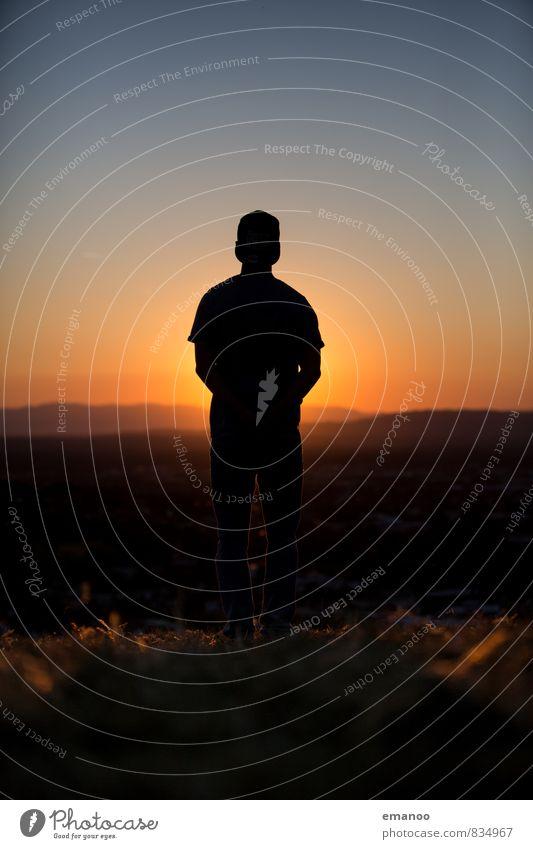 sunset boy Mensch Himmel Natur Ferien & Urlaub & Reisen Jugendliche Mann blau Sommer Erholung Landschaft Freude Junger Mann Ferne Erwachsene Gefühle Stil