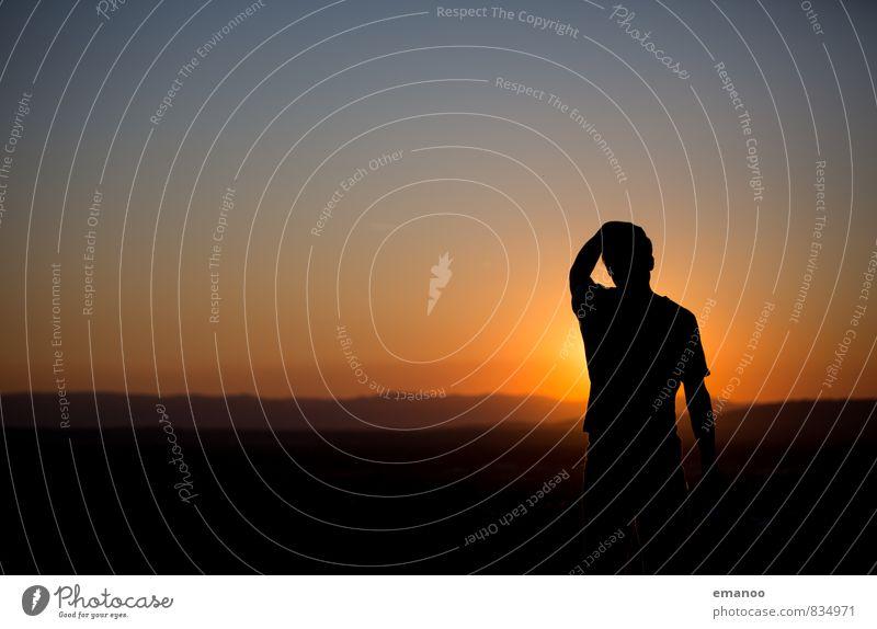 man, it's hot. Mensch Himmel Natur Ferien & Urlaub & Reisen Jugendliche Mann blau Sommer Landschaft Freude Junger Mann Ferne schwarz Erwachsene Wärme Gefühle