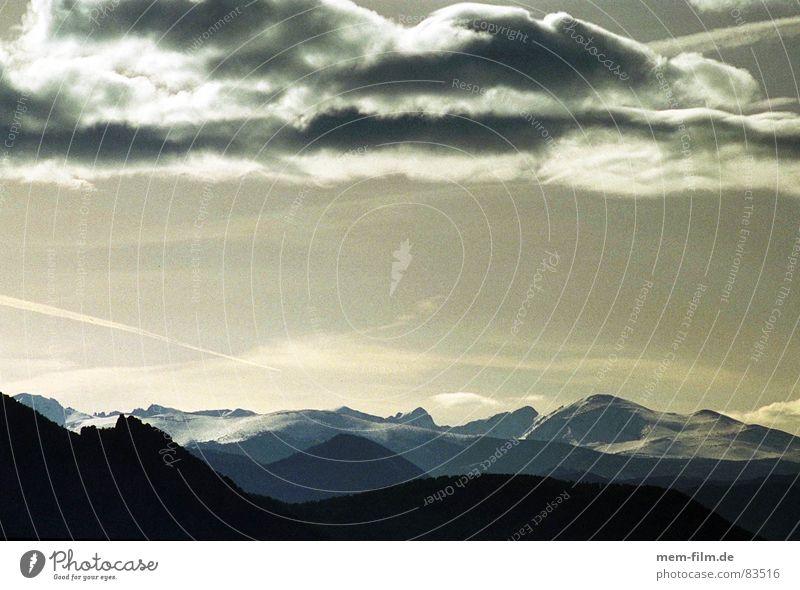 wolkenberge Bergkette Gegenlicht Gletscher kommen Bergkamm Amerika Wolken USA Berge u. Gebirge wolkenlandschaft Rocky Mountains Himmel Schnee Eis hervorbrechen