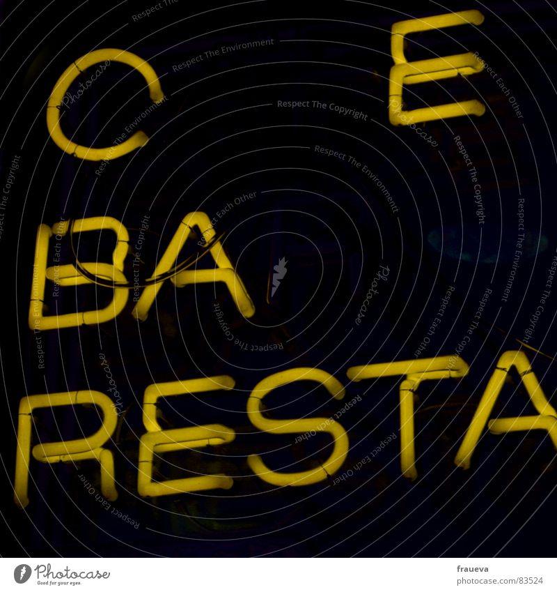 wer geht mit auf einen kaffee? Ernährung gelb Schriftzeichen Bar Buchstaben Gastronomie Restaurant Café Neonlicht Gastwirtschaft Lichtschein Kneipe Lokal Gasthof Snackbar