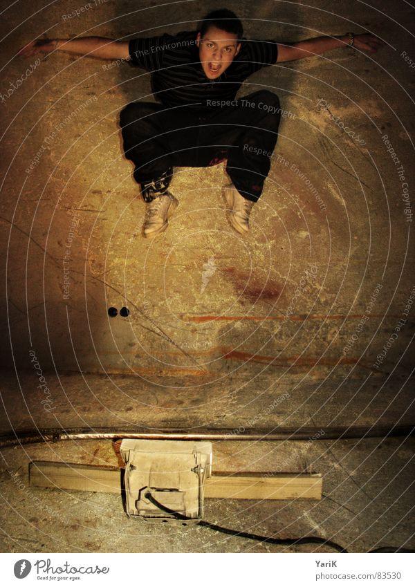 jumping jack Kranich springen Belichtung Langzeitbelichtung Bühnenbeleuchtung Lampe 3 Schweben Vogel Schlagschatten Wand hüpfen dunkel Spielen