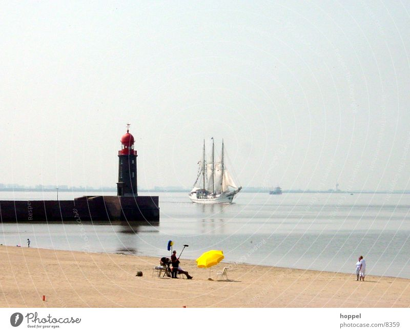 TV-Aufnahmen am Strand von Bremerhaven Wasser Meer Sommer Ferien & Urlaub & Reisen Wasserfahrzeug Fernsehen Bremen Leuchtturm