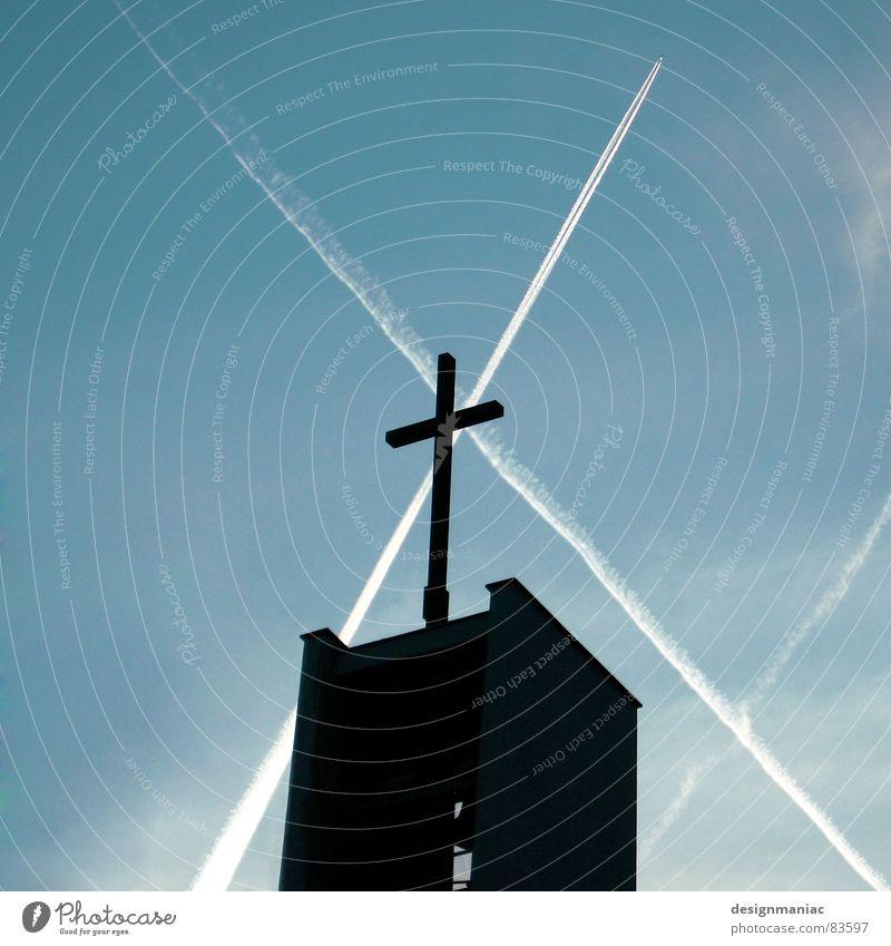 Gib mir ein Zeichen... Himmel blau ruhig schwarz Wolken dunkel Spielen oben Luft hell Religion & Glaube Zusammensein Kraft Deutschland Flugzeug fliegen