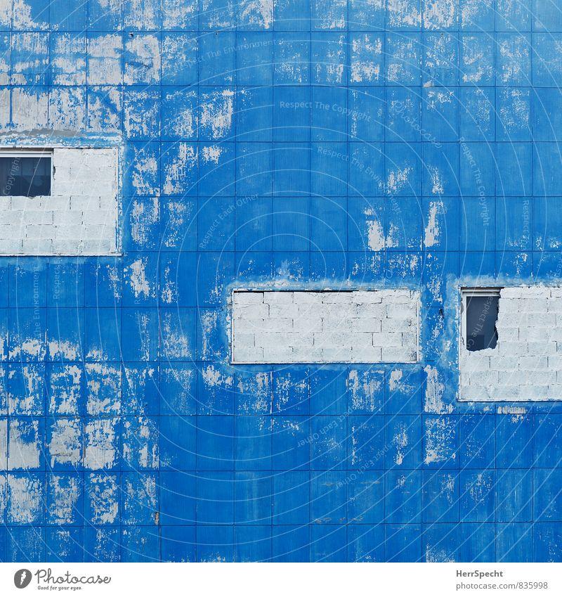 : | blau Stadt Haus dunkel Fenster Wand Architektur lustig Mauer Gebäude grau außergewöhnlich Fassade verrückt Armut bedrohlich