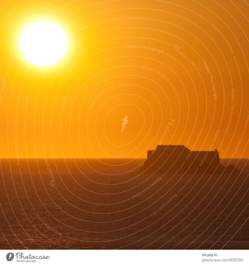 noch gelber harmonisch ruhig Ferien & Urlaub & Reisen Ferne Freiheit Sommer Sommerurlaub Sonne Meer Landschaft Wolkenloser Himmel Horizont Sonnenaufgang