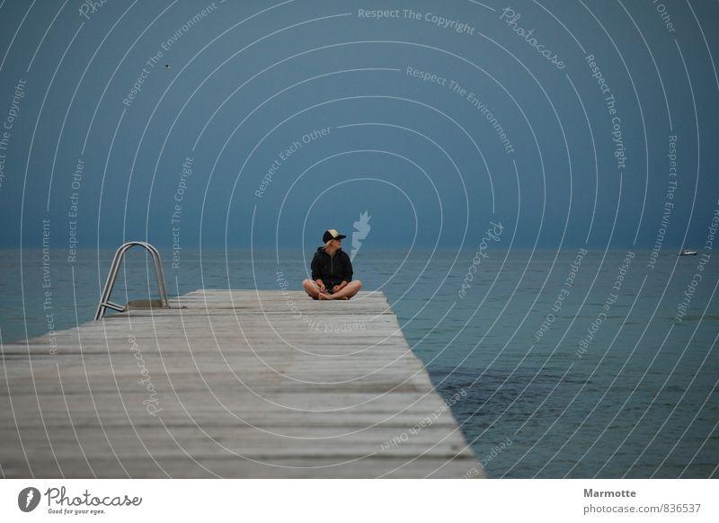 Open Mind Mensch Natur Jugendliche blau Wasser Sommer Meer Erholung Junge Frau ruhig Strand 18-30 Jahre Ferne Erwachsene feminin Küste