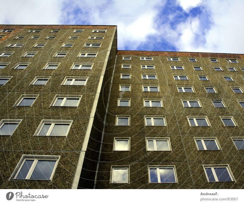 Platte Stadt Haus Fenster Wand Gebäude Deutschland Wohnung Hochhaus Baustelle DDR Stadtteil Nostalgie Plattenbau Osten Ghetto Stadtrand