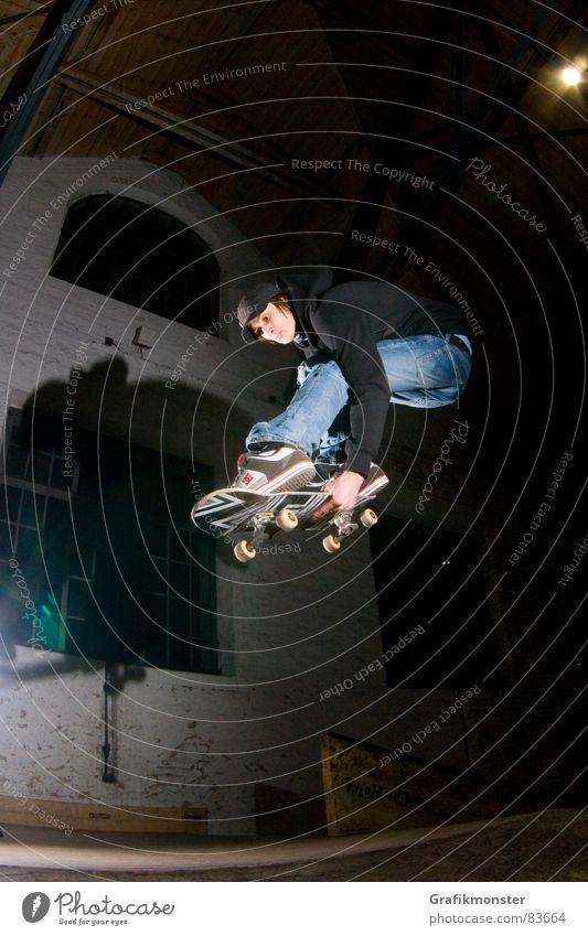 Mellow Grab Skateboarding springen Extremsport Skateboarden Ollie Melongrab Skatehalle