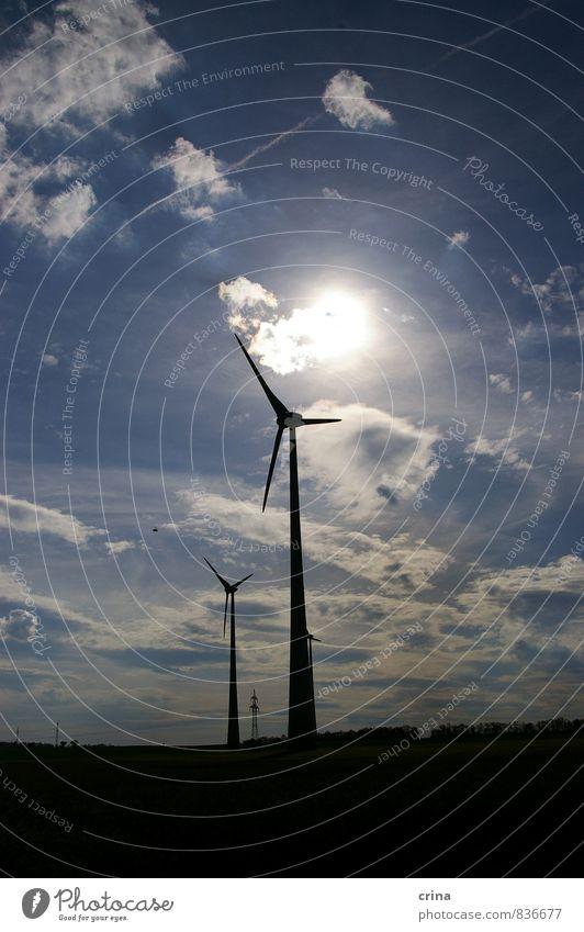 im Windschatten Energiewirtschaft Erneuerbare Energie Windkraftanlage Landschaft Himmel Wolken Sonne Schönes Wetter Zukunft Farbfoto Gedeckte Farben