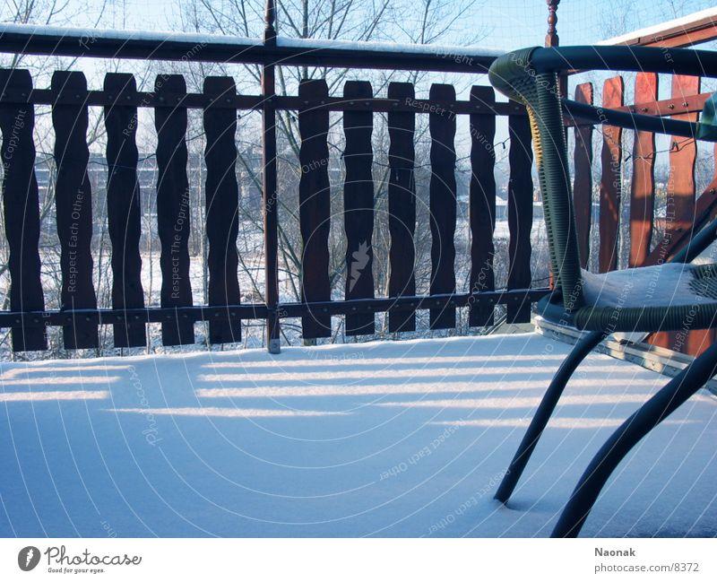 Balkonstuhl Schnee Häusliches Leben Zaun