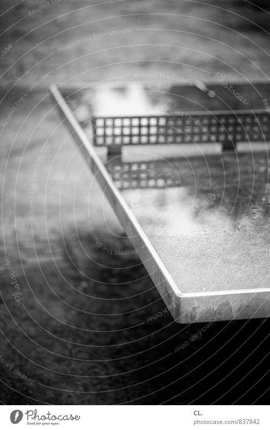 pitsch patsch ping pong Herbst Sport Regen nass Pause schlechtes Wetter Tischtennis Tischtennisplatte