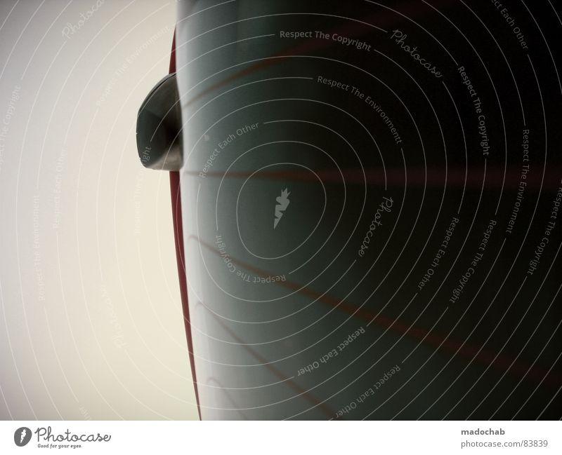 SEX SELLS - SIMPLICITY ASWELL einfach Mobilität Design Durchblick Dinge fahren PKW simpel Konzentration Fensterscheibe Linie Glas Detailaufnahme Heckscheibe