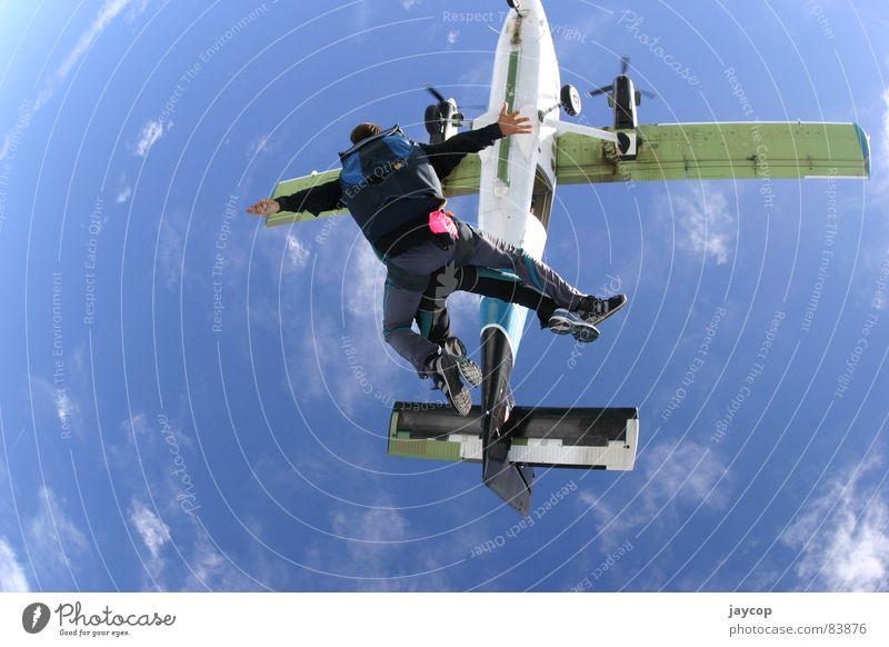 Sky Jump Abdeckung springen Blauer Himmel Extremsport aeroplane adrenaline extremal sport skydive sky jump jump out airplane jumpstart jump-start