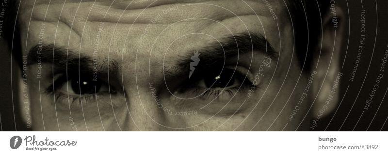 Jung altern Mann Jugendliche alt Gesicht Auge Denken Nase Ohr Vergänglichkeit Konzentration Falte Stress Verzweiflung anstrengen skeptisch Stirn