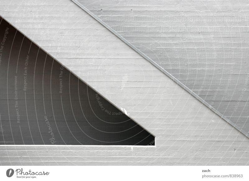 knallgrau Stadt Haus Wand Architektur Gebäude Mauer Stein Linie Fassade Treppe Häusliches Leben trist Beton Bauwerk Fabrik