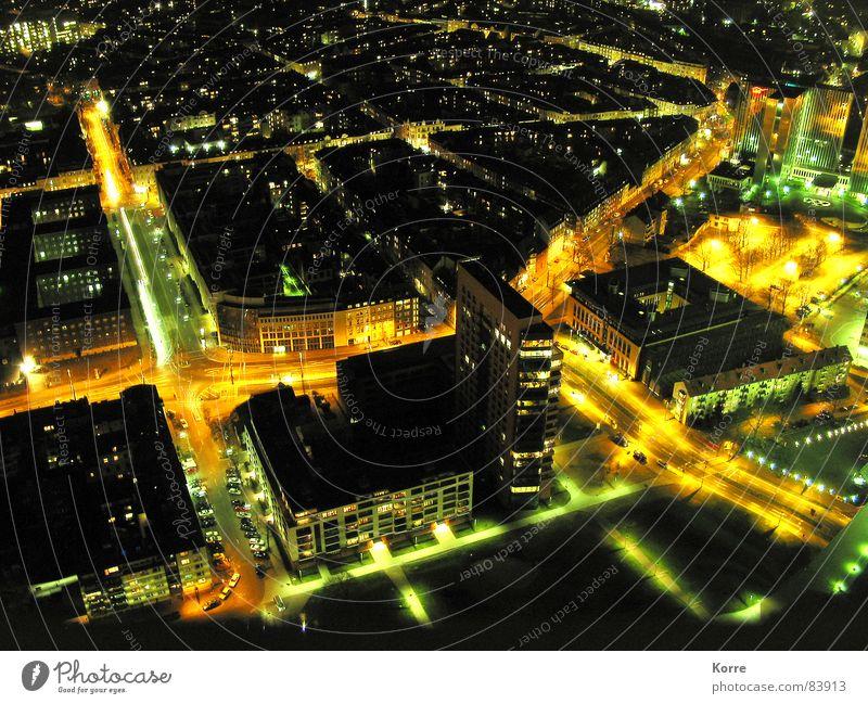 sparkling city II Farbfoto Außenaufnahme Luftaufnahme Menschenleer Nacht Kunstlicht Licht Langzeitbelichtung Vogelperspektive Energiewirtschaft Luftverkehr