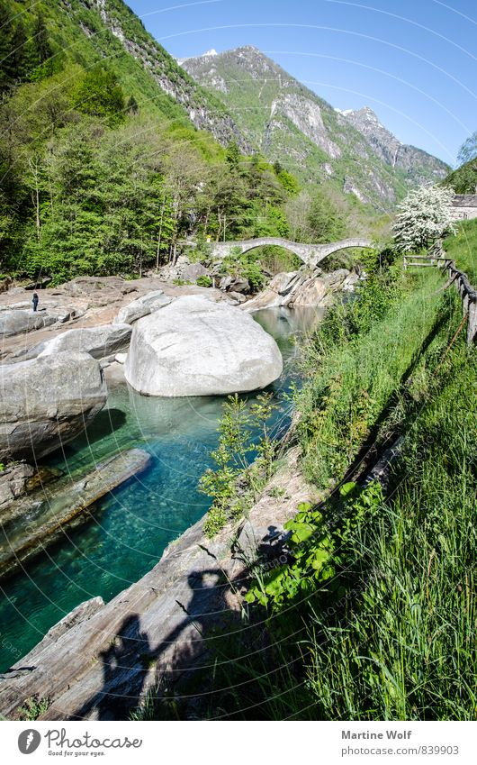 Lavertezzo Himmel Natur Landschaft Europa Alpen Flussufer Schweiz Kanton Tessin