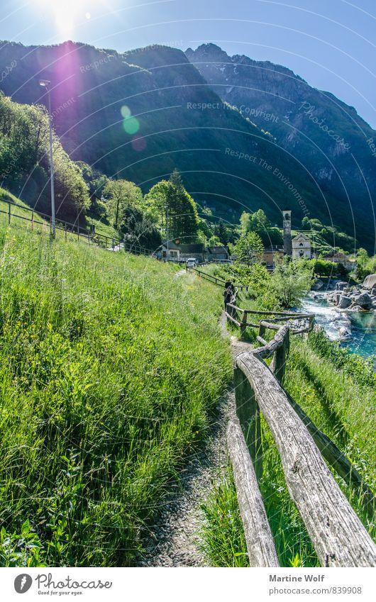 walk the line Natur Ferien & Urlaub & Reisen Landschaft Wege & Pfade Idylle Europa Alpen Dorf Zaun Schweiz Kanton Tessin