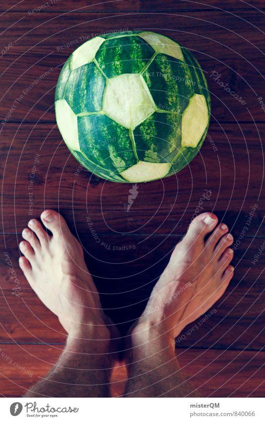WM-Sommer. Sport Kunst ästhetisch Fußball Kreativität Idee sportlich Barfuß Kunstwerk Fußballplatz Weltmeisterschaft Fußballer Melone geschnitzt Wassermelone