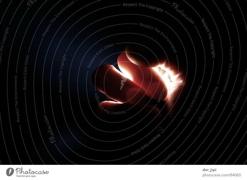 Handlich t Esoterik paranormal Licht dunkel glühen Finger mystisch Volksglaube hell Kunst Kunsthandwerk Plasma metaphysisch geheimnusvoll Lampe Lichterscheinung