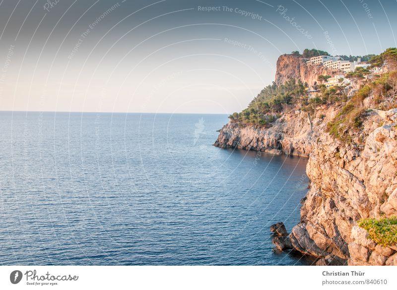 Küste Port de Soller Natur Ferien & Urlaub & Reisen blau grün weiß Sonne Meer Erholung ruhig Landschaft Ferne Schwimmen & Baden Freiheit braun Felsen