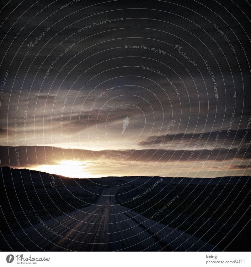 boing prokopiert die größte Vulkaninsel der Welt Winter Einsamkeit Straße kalt Berge u. Gebirge Wege & Pfade Landschaft Eis Hügel Verkehrswege Fußweg Island karg Lava unfruchtbar