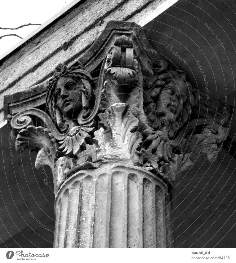 DD/01/2006 Dresden historisch Kunst Winter Vergangenheit Palast Architektur Wahrzeichen Denkmal Schloss Albrechtsberg Burg oder Schloss Säule Sehenswürdigkeit