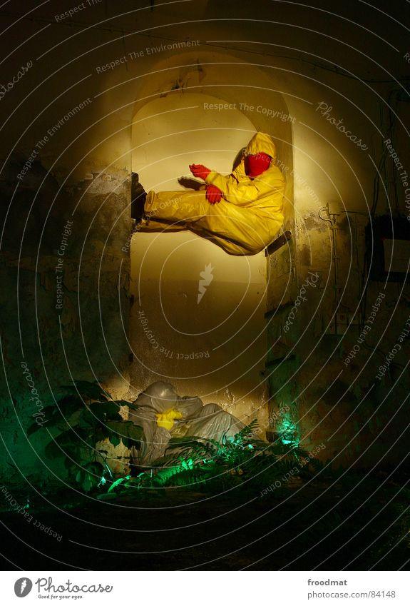 graugelb™ - rumgehänge Freude gelb grau Kunst lustig verrückt Maske Anzug dumm Surrealismus Gummi sinnlos Auslöser Kunsthandwerk Taschenlampe grau-gelb