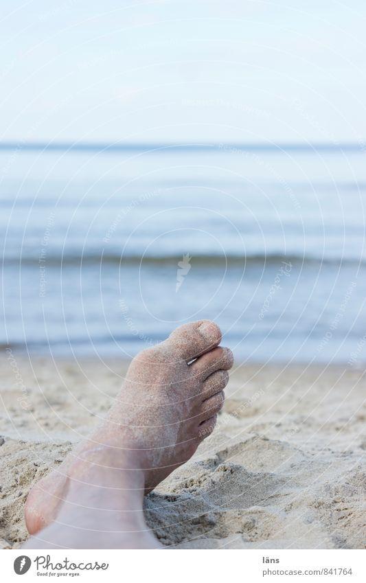 mehr möchte ich nicht... Mensch Natur Mann blau Wasser Sommer Meer Erholung Landschaft Strand Erwachsene Küste Sand Beine Wasserfahrzeug Fuß