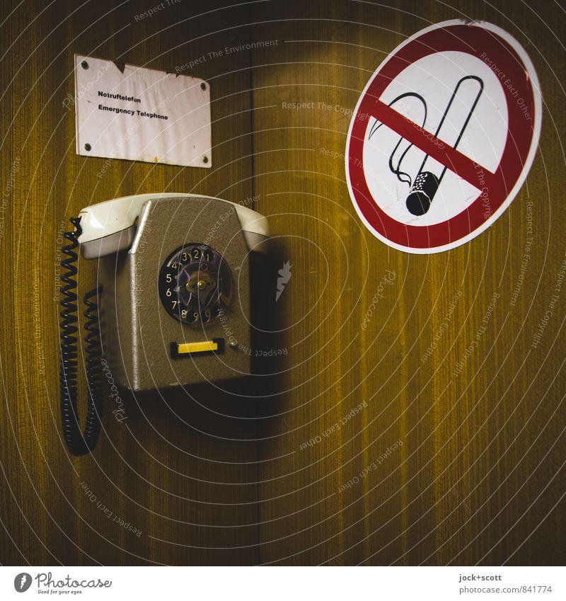 Alarmruf im Fahrstuhl Stil Design Piktogramm Grafik u. Illustration Wandtelefon Wählscheibe Holzimintat Wort Kreis Rechteck Originalität retro Sicherheit