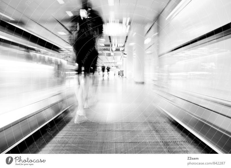 Traffic Mensch feminin Stadt Stadtzentrum Gebäude Rolltreppe Verkehr Verkehrswege Personenverkehr Fußgänger Mode Kleid rennen Bewegung laufen