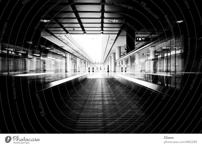 Gateway Flughafen Bauwerk Gebäude Architektur Rolltreppe Verkehrswege Personenverkehr ästhetisch dunkel eckig kalt modern Stadt Business Design Einsamkeit