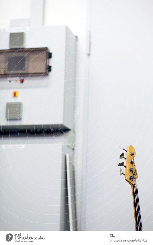 probe Freizeit & Hobby Kultur Veranstaltung Musik Konzert Gitarre Pause Elektrogitarre Proberaum Musikfestival Musikinstrument Elektrizität Sicherungskasten