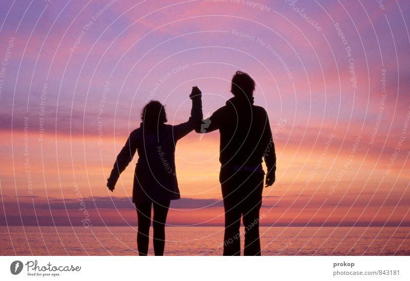 Zu zweit Meer Mensch maskulin feminin Junge Frau Jugendliche Junger Mann Freundschaft Paar Partner 2 Umwelt Natur Wasser Himmel Küste Strand Gefühle Glück