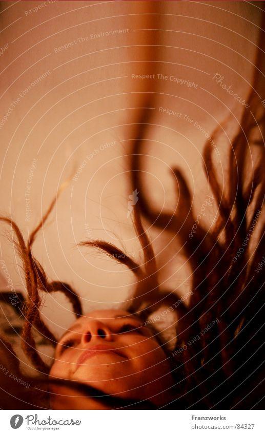 ...die Bäume schlagen aus... Frau Natur Baum Pflanze Freude Gesicht Wärme Haare & Frisuren liegen Wachstum stehen Physik ökologisch Märchen Fantasygeschichte